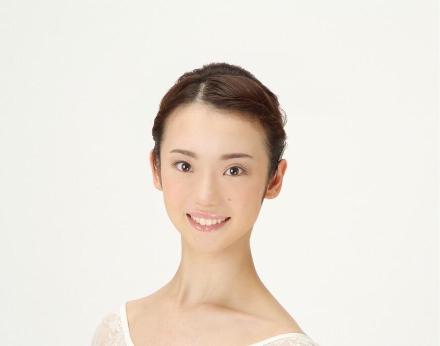 塩谷綾菜さん